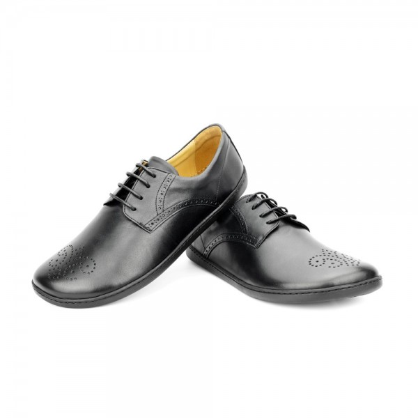 PEAQ Brogue Black